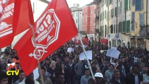 28.03.2015 #PERMESSISUBITO in migliaia a brescia